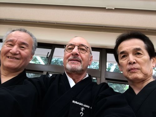 (左) 豊剣会 野々村耕二  氏、(中央) Ouvrard氏、(右) 豊剣会 野田 氏