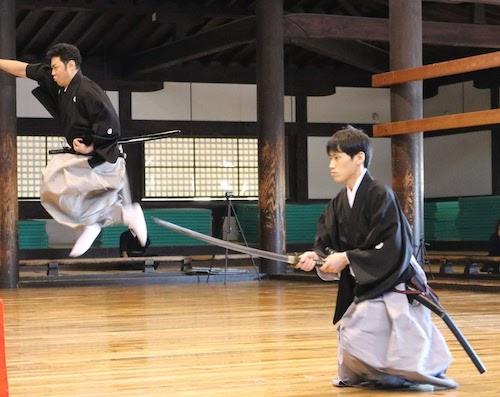 京都武徳殿での形試合の様子